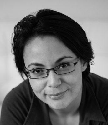 Dr. Stefanie Acevedo